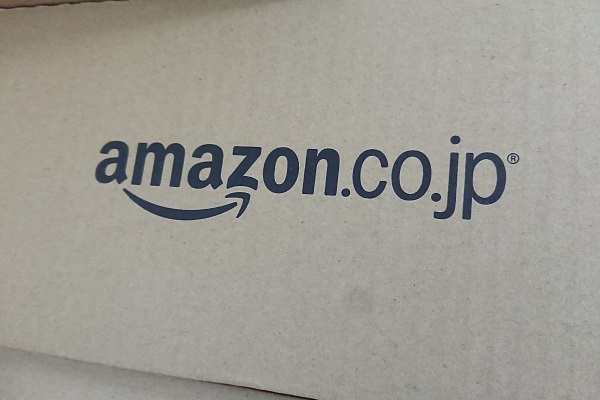 Amazon バッシュ
